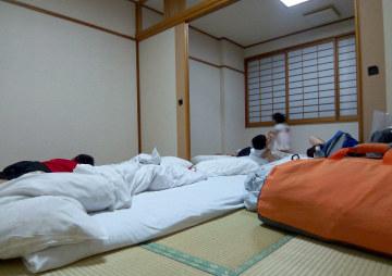 07沖縄ホテルの和室12畳.jpg
