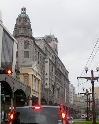11鹿児島市内レトロな建物.jpg