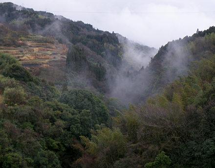 12山間の風景.jpg